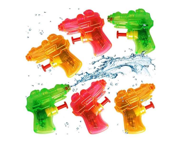 Un pistolet à eau