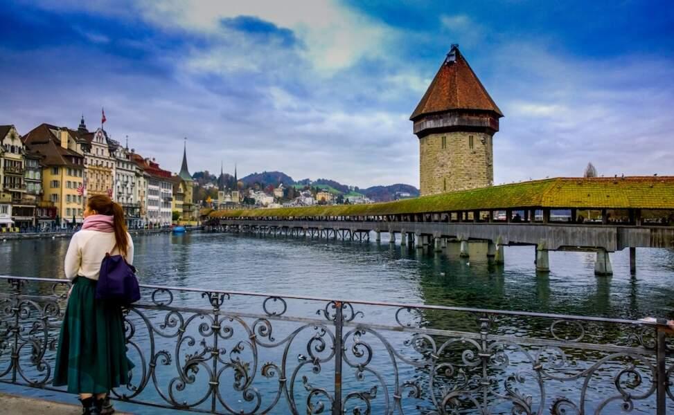Suisse : son quasi plein-emploi est tout bénef' pour les expat' français !