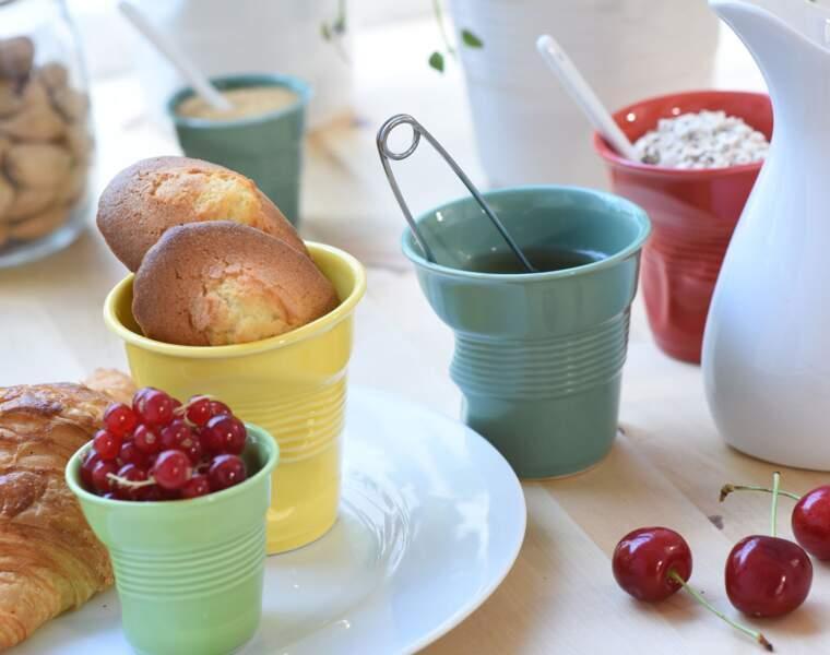 Revol : ses gobelets en porcelaine décorent les tables du monde entier