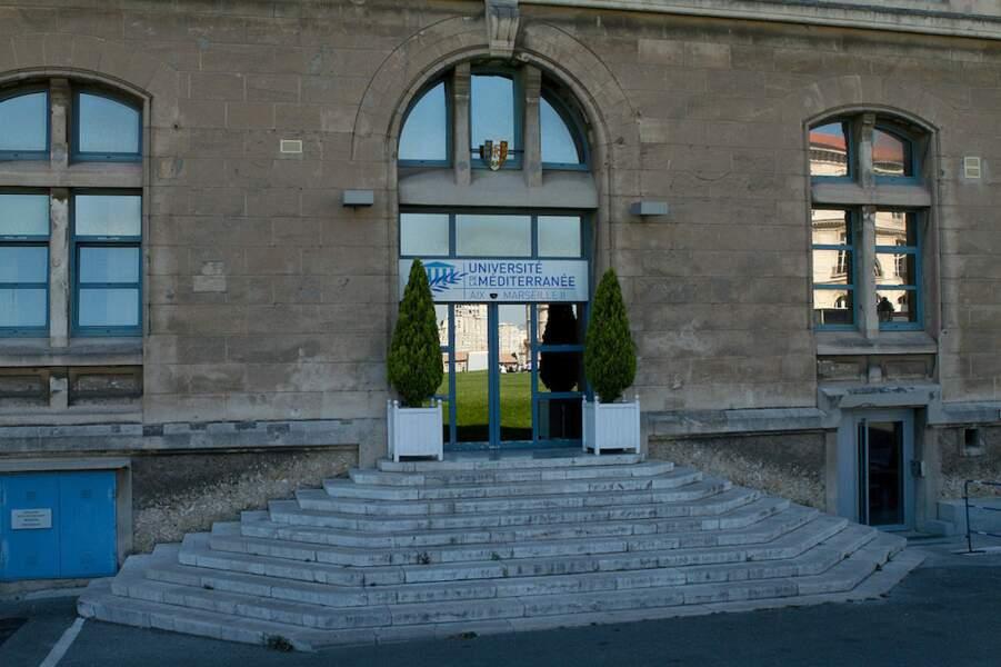 15.Aix-Marseille Université