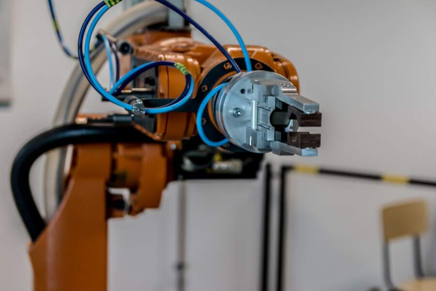 Quels sont les autres supports permettant de miser sur l'IA, le big data et la robotique ?