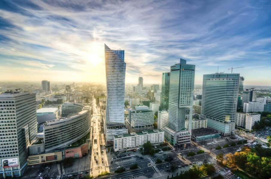Facebook s'est presque hissée au niveau du PIB polonais