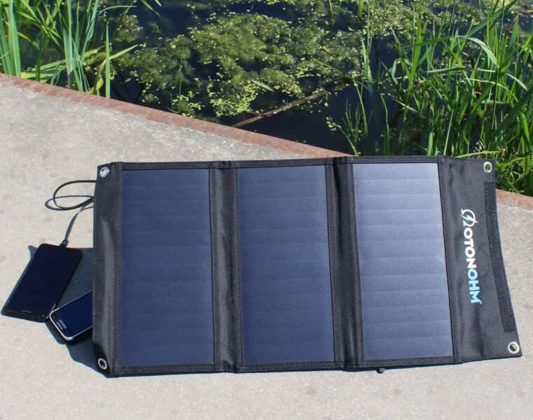 Le chargeur solaire résistant à l'eau