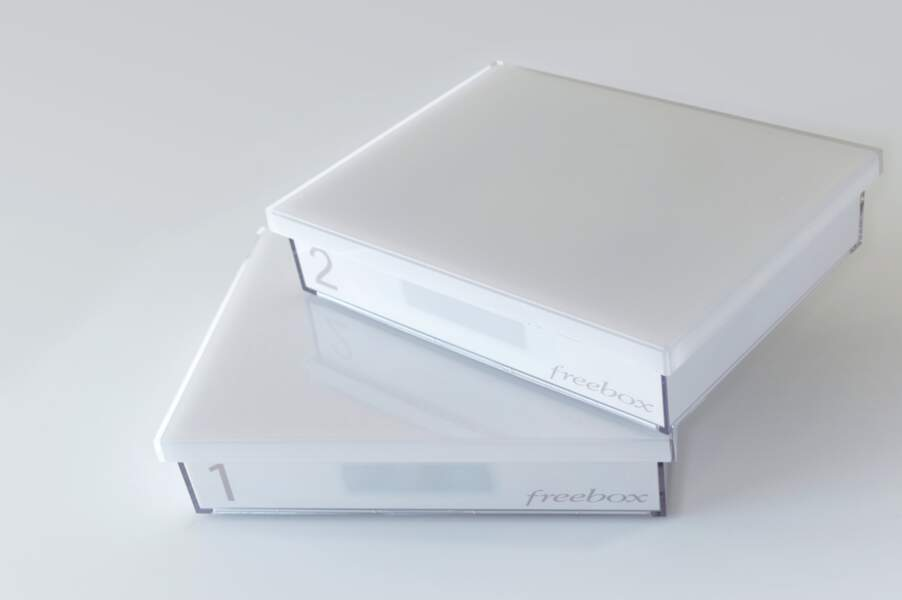 2013 - Freebox Crystal