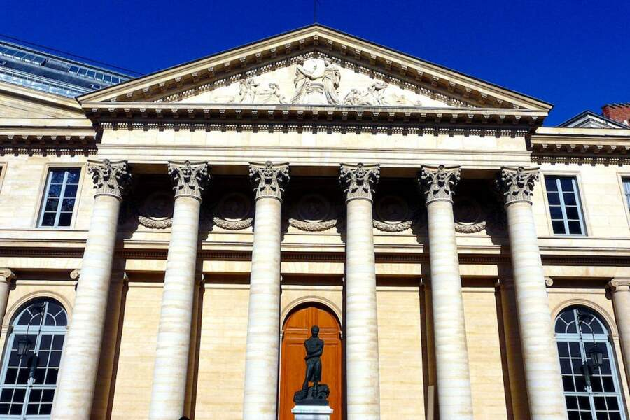 20.Université Paris Descartes