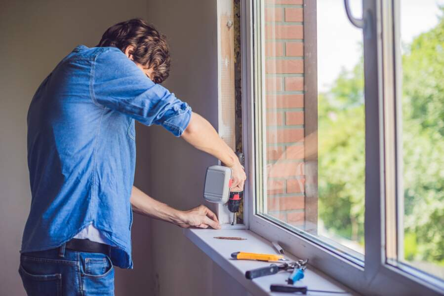Fenêtres d'une maison mal isolée : 10 à 15% de déperdition de chaleur