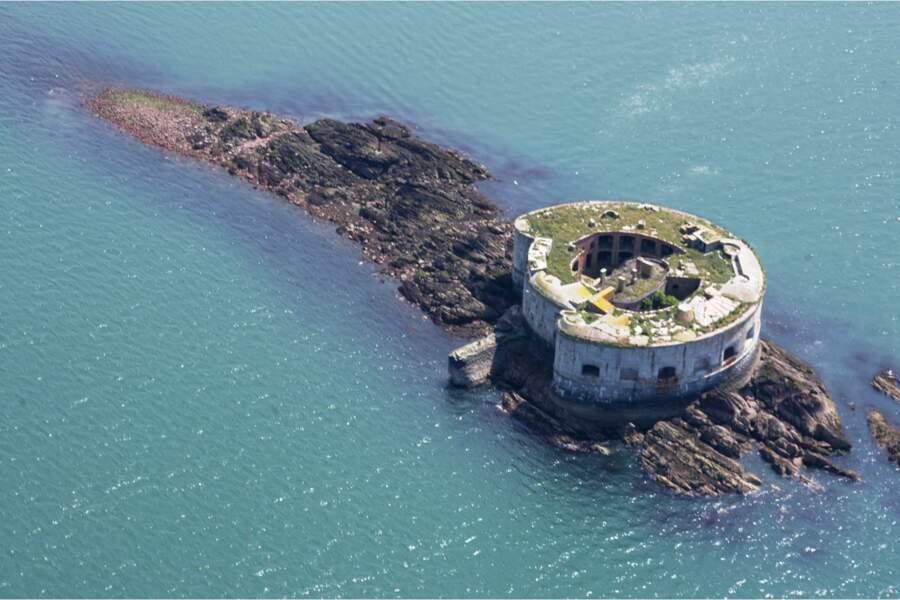 Une île fortifiée