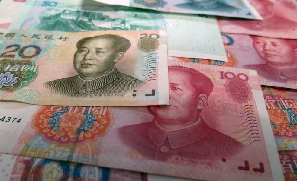 Moscou pourrait aussi se tourner vers le yuan, la devise chinoise...