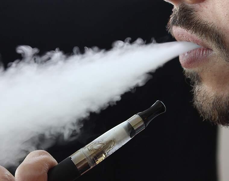 Les cigarettes électroniques : -34%