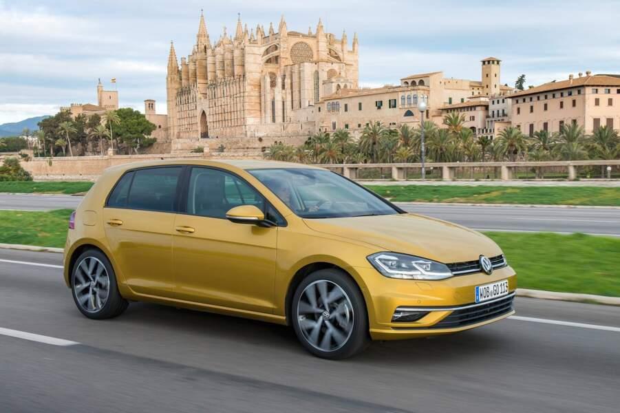 3 - Volkswagen Golf (15.339 ventes)