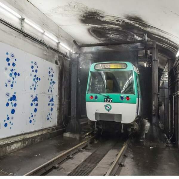 Machine à laver le métro de la la ligne 7