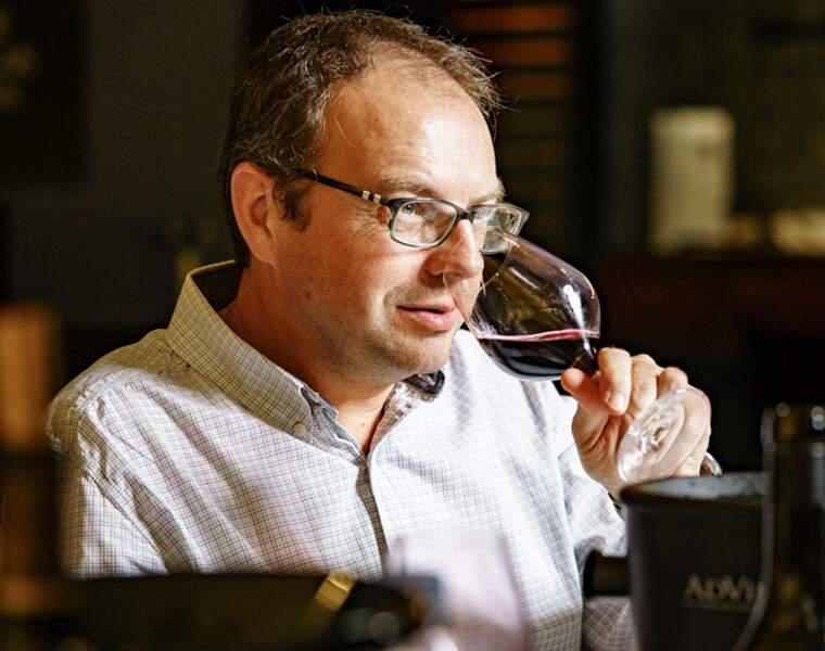 Découvrez les 10 vins de Bourgogne les mieux notés par notre jury d'experts
