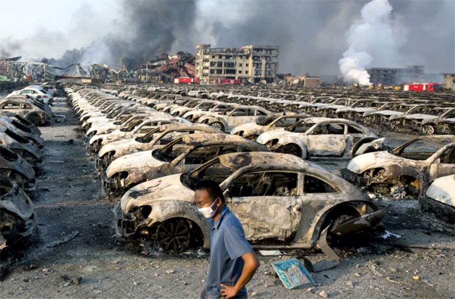 12 AOÛT 2015 : Explosion d'un entrepôt à Tianjin en Chine