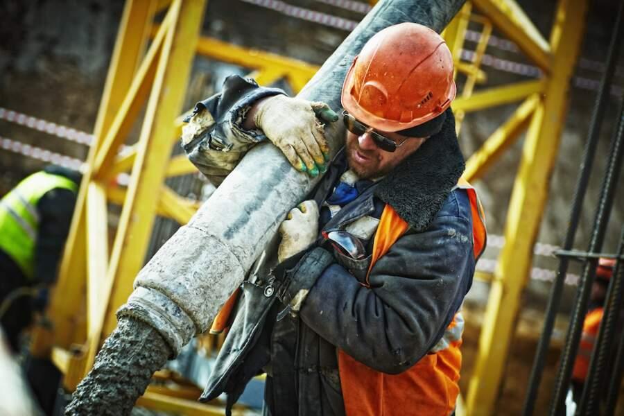 7.Ouvriers qualifiés des travaux publics, du béton et de l'extraction
