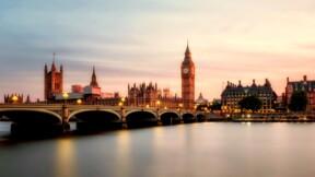 Royaume-Uni : la Bourse de Londres explose, dopée par le bond des taux d'intérêt