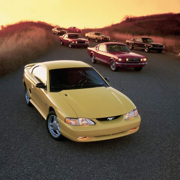 1994 : Ford Mustang GT coupe