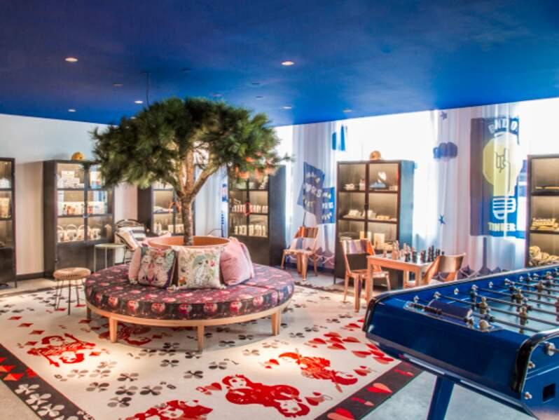 Papiers peints colorés, plantes et arbres, lounge... les entreprises ne manquent pas d'idées