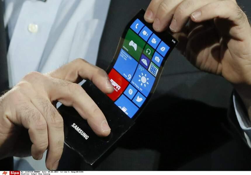 Nos smartphones et nos tablettes pourront se plier comme des feuilles de papier