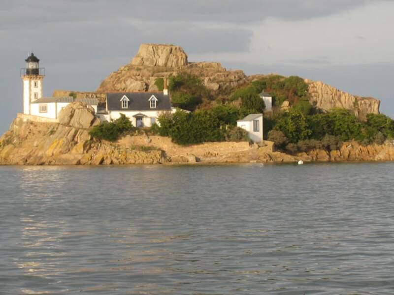 ÎLE LOUËT, un vrai phare breton