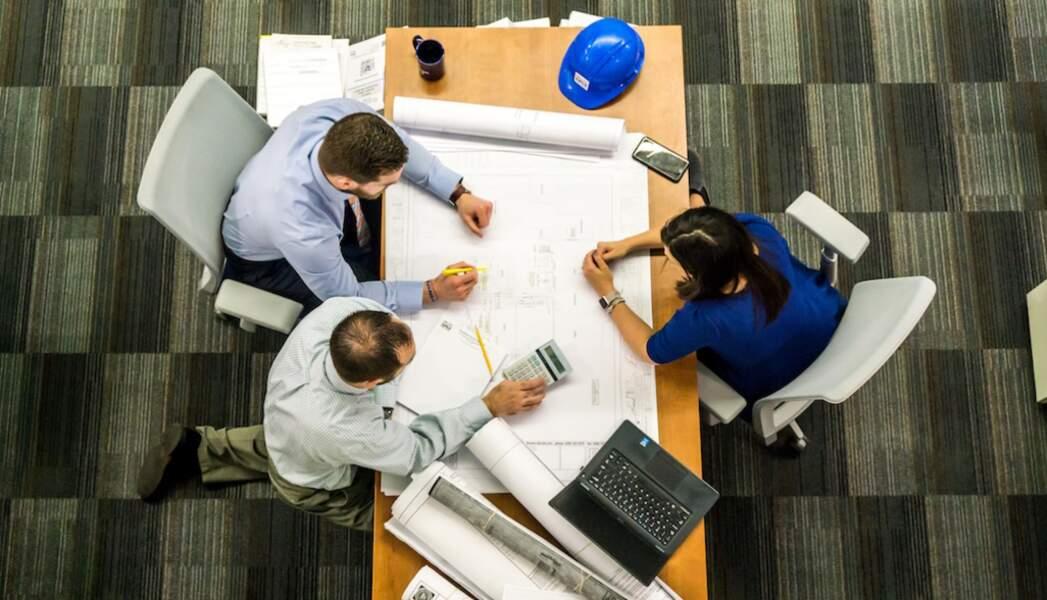 12. Ingénieurs et cadres techniques de l'industrie