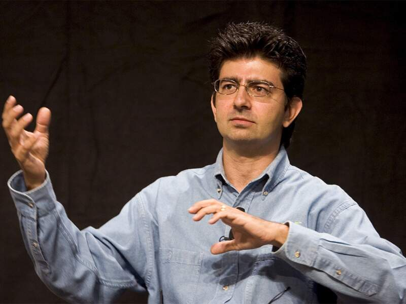 Pierre Omidyar, eBay : sa fortune lui sert à financer un webzinequi dénonce les écoutes de la NSA