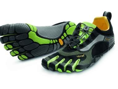 Les baskets pour courir d'un pied léger