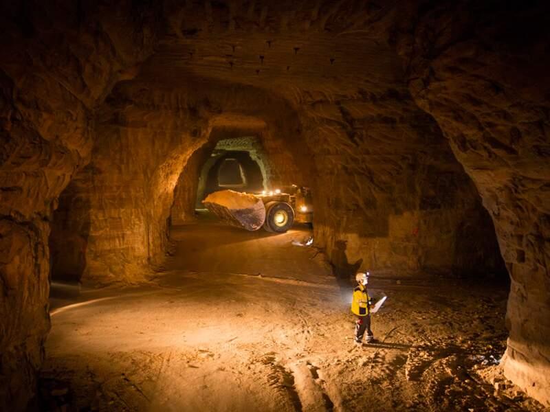 Près de Paris, la plus grande carrière souterraine d'Europe