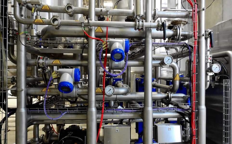 5. Réparateurs et installateurs de machines et d'équipements industriels : 2.708 euros
