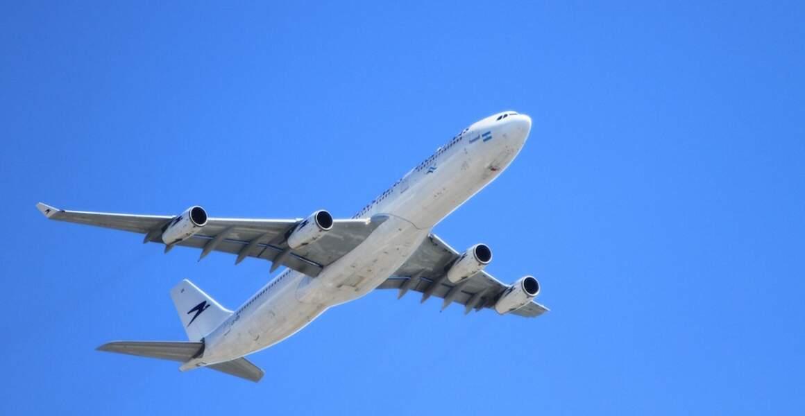 4.Contrôleur aérien