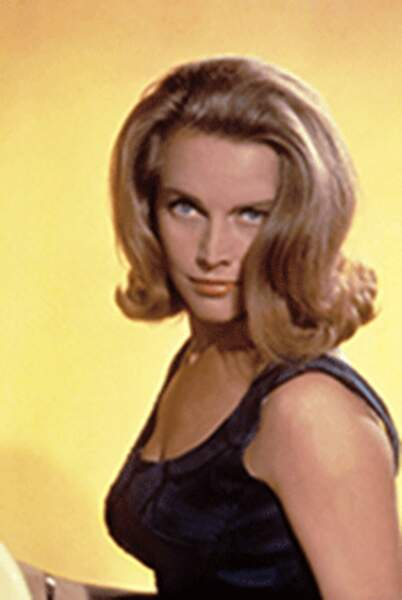 HONOR BLACKMAN dans Goldfinger, 1964