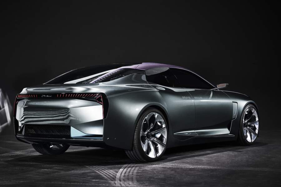 Lynk & Co Concept CCC - Photo 3/10