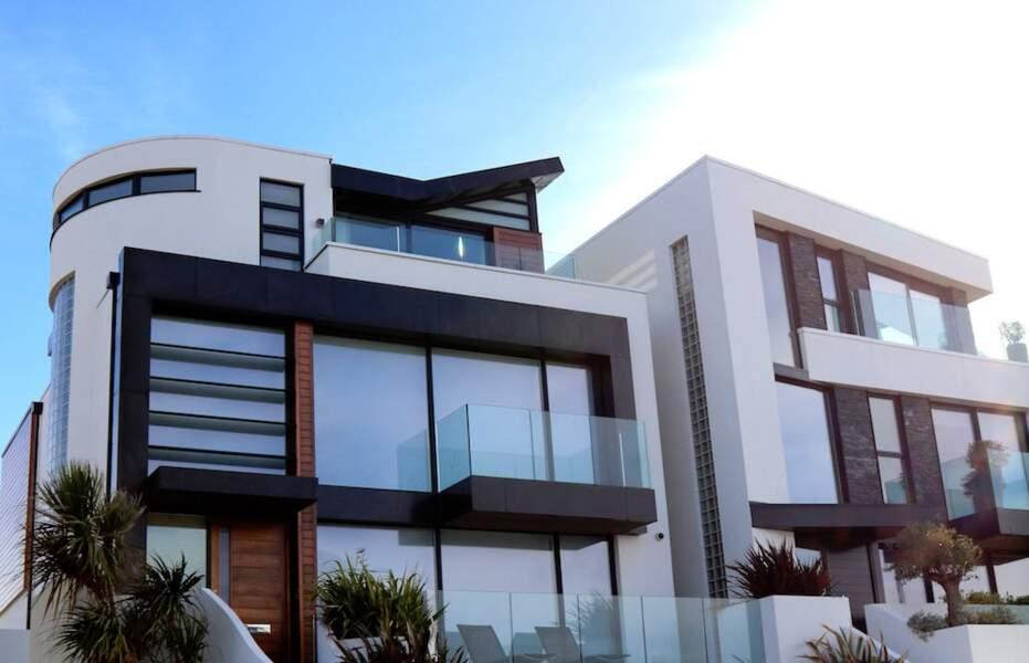 12. Constructeurs de maisons : 2.358 euros
