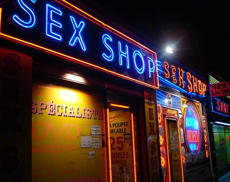 Les sex-shops : -13%