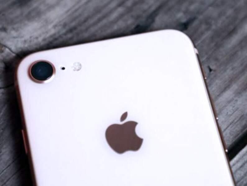 Pour les irréductibles du format 4,7 pouces : les iPhone 7 et 8