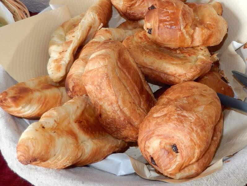 """Pâtisseries et viennoiseries """"fraîches"""""""