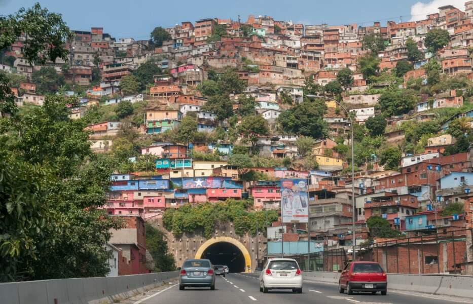 Venezuela : la manne pétrolière a dans un premier temps profité au pays…