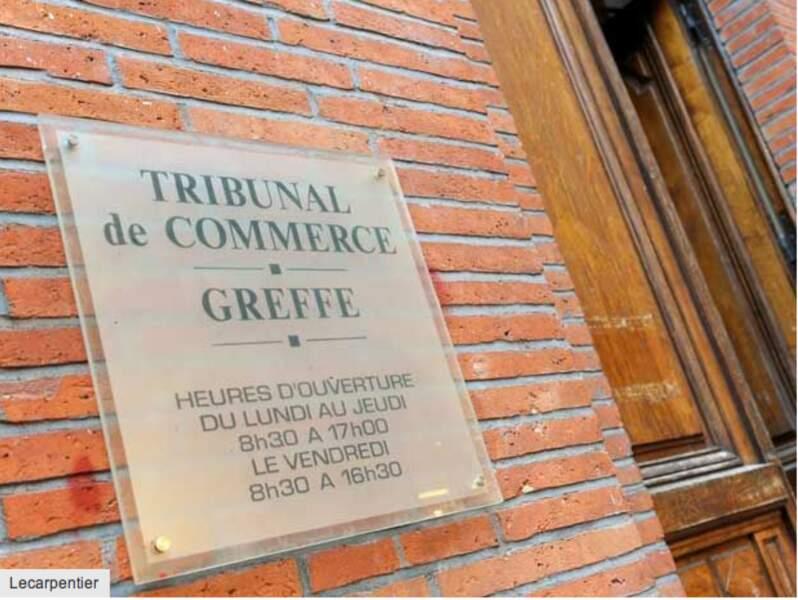 Les greffiers des tribunaux de commerce