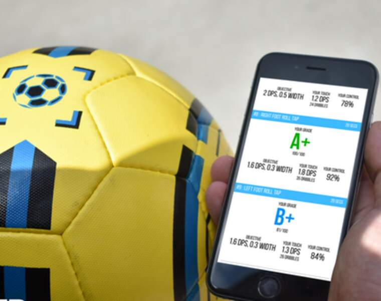 Le ballon intelligent : le DribbleUp Smart Soccer Ball