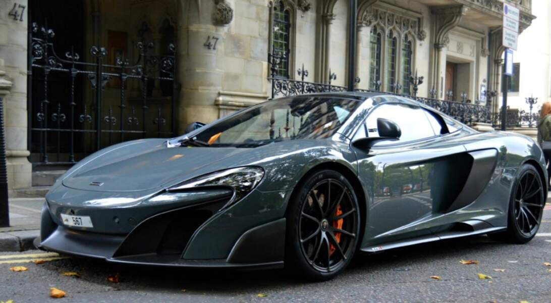 4 : Radamel Falcao achète McLaren