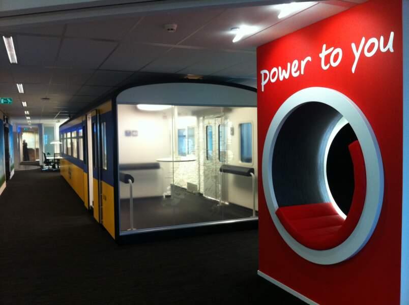 Caravansérails pour salariés nomades : l'exemple du siège de Vodafone (Pays-Bas)