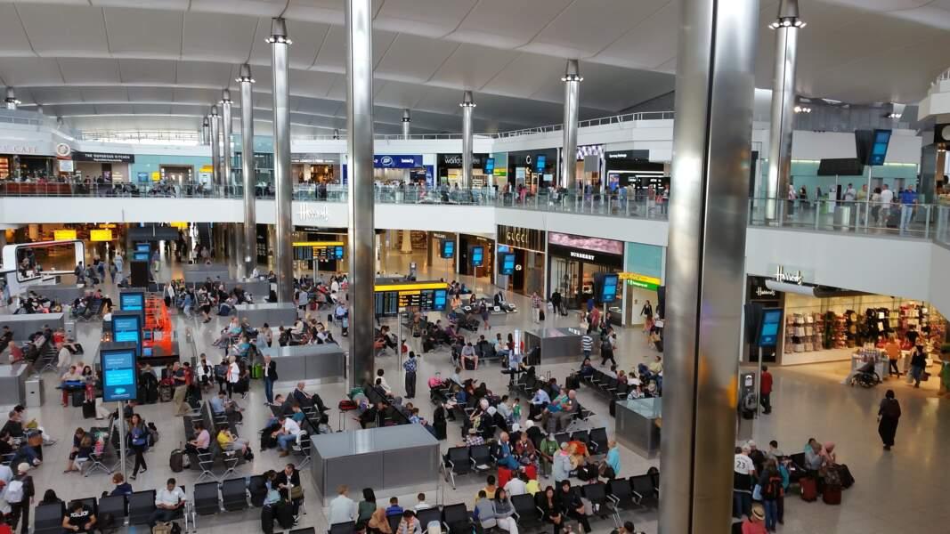 7ème : Aéroport International de Londres Heathrow (Angleterre)