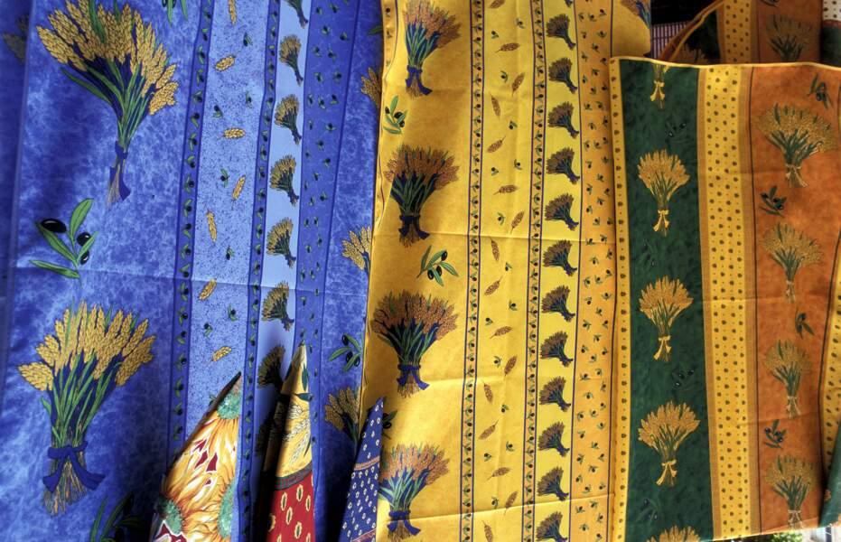 Tissus provençaux : ils sont souvent fabriqués en Chine