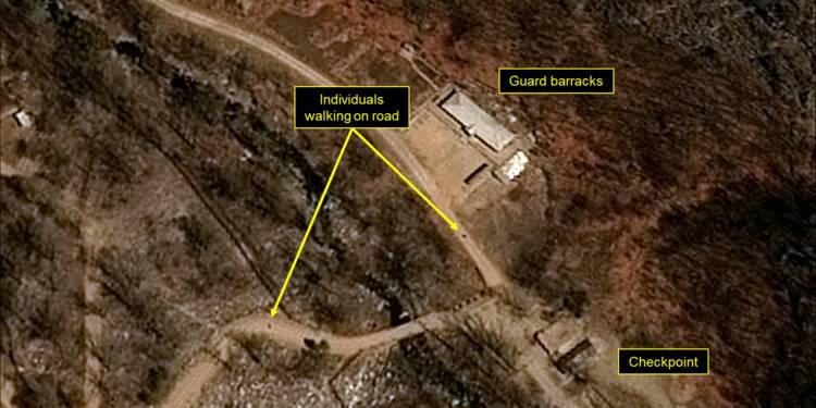 Des journalistes partent pour la Corée du Nord en vue de la destruction d'un site nucléaire