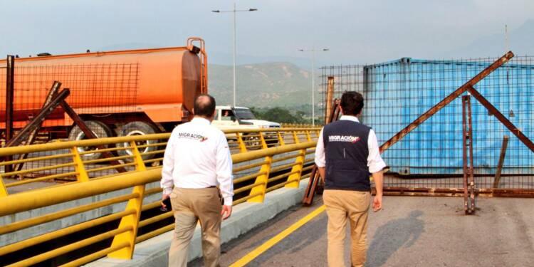 Venezuela: des militaires bloquent un pont à la frontière, selon l'opposition