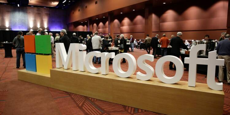 Près de Paris, Microsoft forme à l'intelligence artificielle des profils atypiques