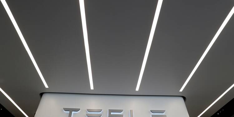 Tesla émet pour 1,5 milliard de dollars d'obligations