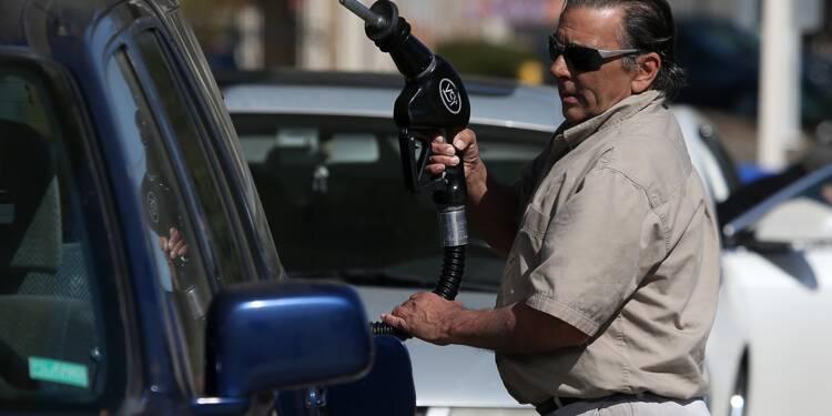 Après Harvey, la crainte de pénuries fait bondir l'essence aux Etats-Unis
