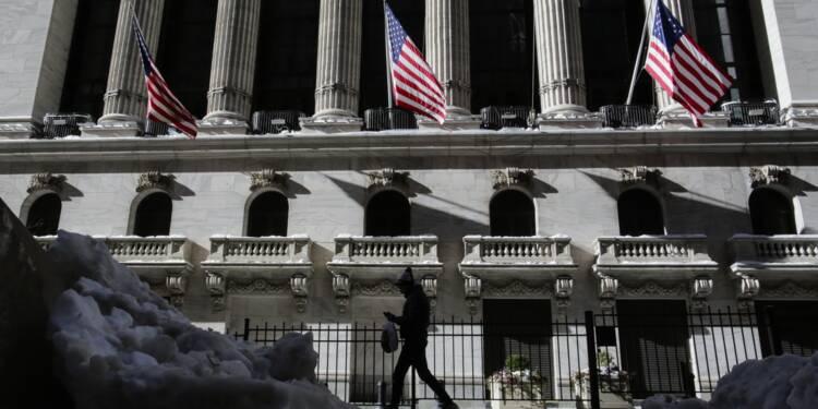 Wall Street termine en baisse, lestée par les prix du pétrole