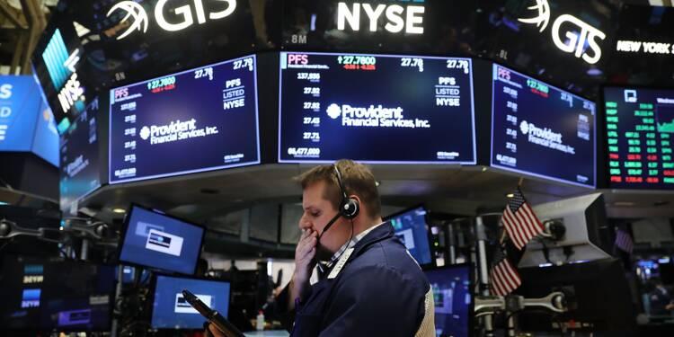 Wall Street termine en hausse, Nasdaq et S&P 500 à des records
