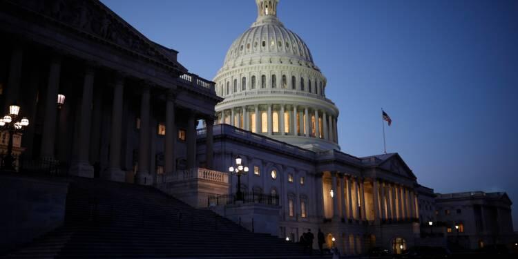 Les services fédéraux américains ferment faute de budget